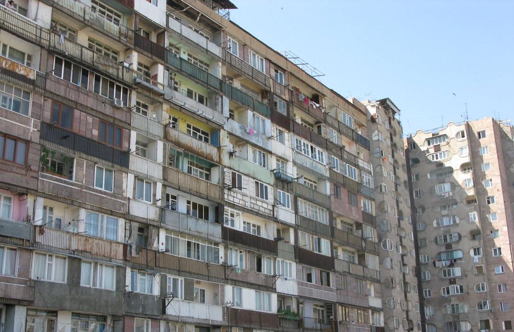 Сложнее всего легализовать перепланировку квартиры в панельных многоэтажных домах