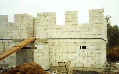 Строительство стен дома из пенобетона