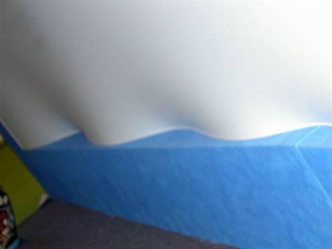 Натяжной потолок с гарпунной системой крепления