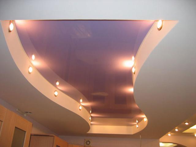Многоуровневый подвесный потолок с подсветкой
