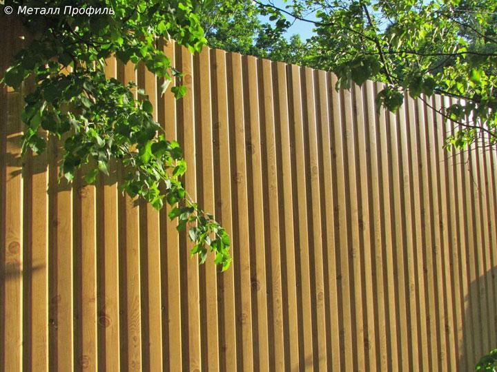 Забор из профлиста с покрытием Ecosteel