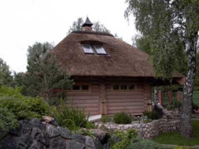 Соломенная крыша является экологичным материалом
